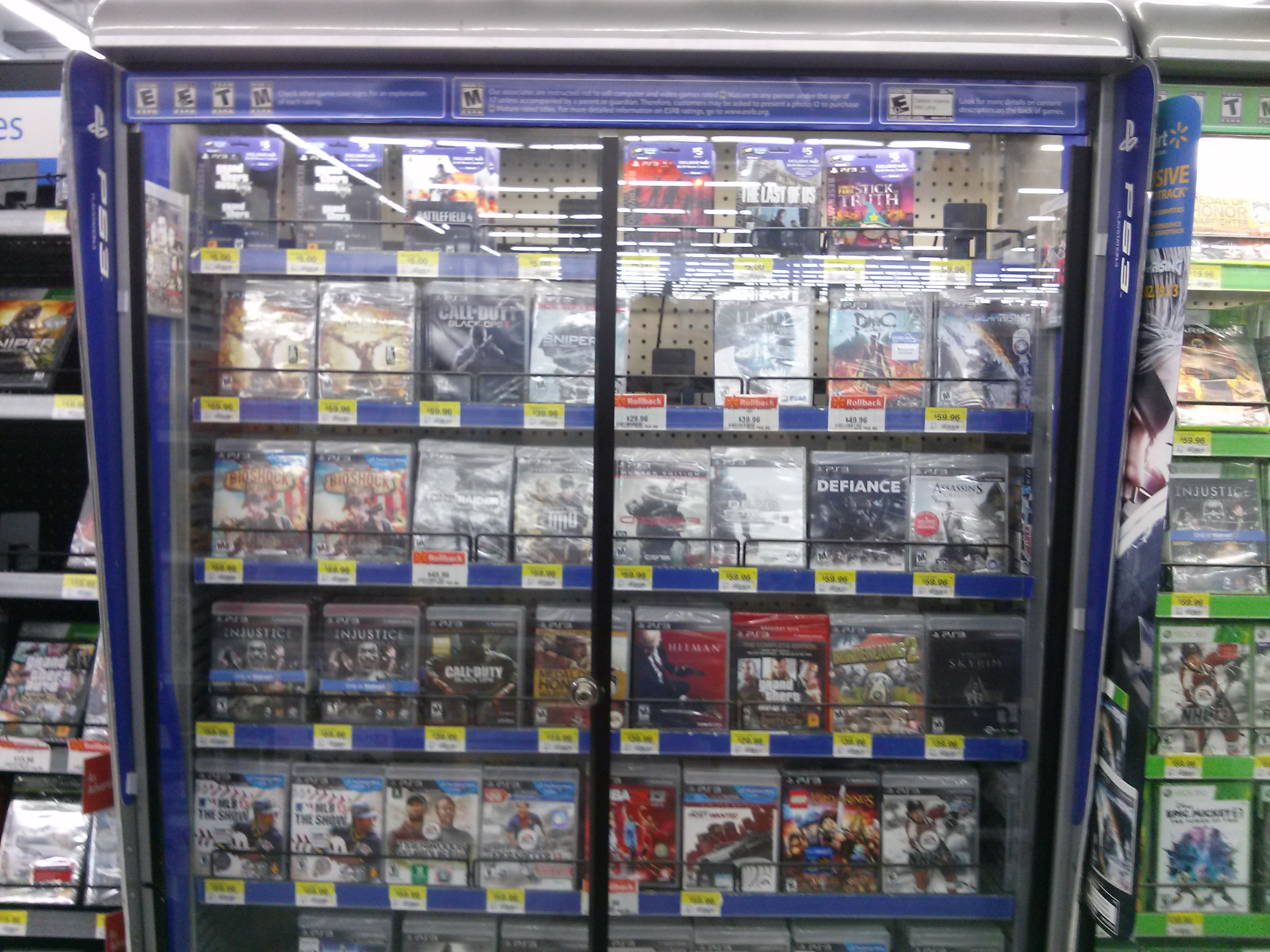 Does Walmart put games out at midnight of a game's release ...