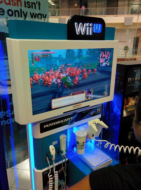 Wii U Arcade Machine : Hyrule warriors demo kiosk spotted at gamestop nintendotoday