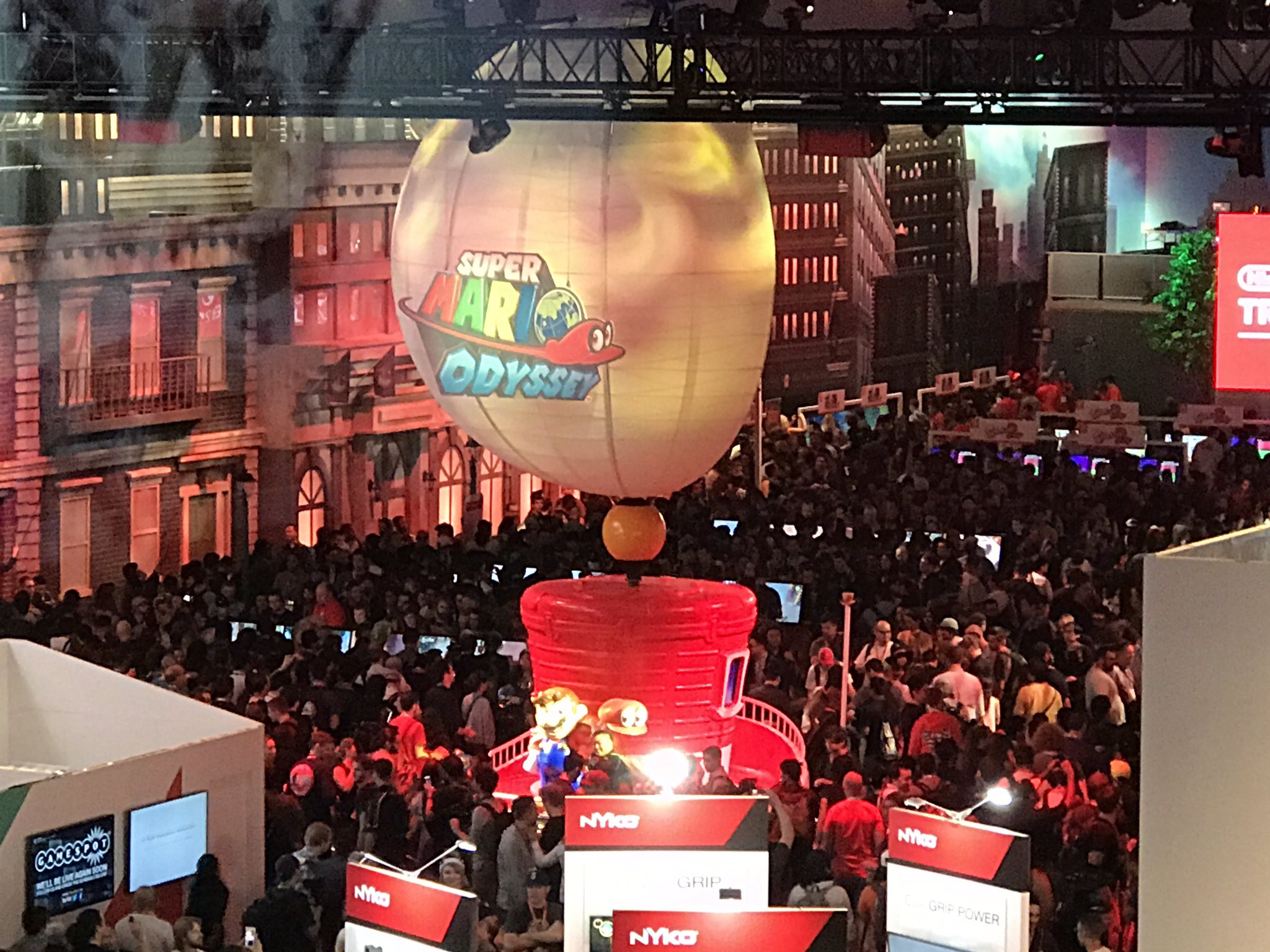 The Nintendo booth at E3 is so packed it's insane!